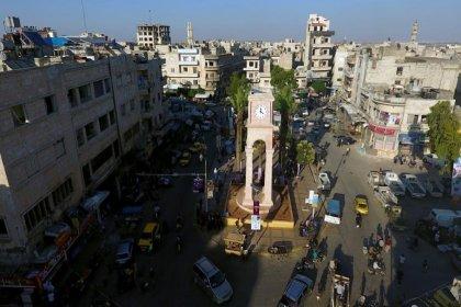 'İdlib'de Halep ve Hama'ya saldırmak üzere binlerce militan toplandı'