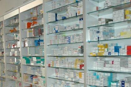 'İlaç şirketleri zam beklentisiyle ilaç stokluyor'