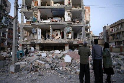 İran'da 6 büyüklüğünde deprem: En az 2 ölü, 241 yaralı