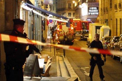 IŞİD Paris'te saldırı düzenledi: 2 ölü, 4 yaralı