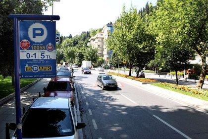 İSPARK'a ait yol üstü otoparklar bayramda ücretsiz