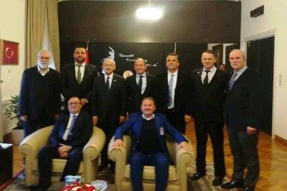 İstanbul Anadolu Yakası Bosna Sancak Derneği'nden Sancak Günü'nde Kılıçdaroğlu'na ziyaret