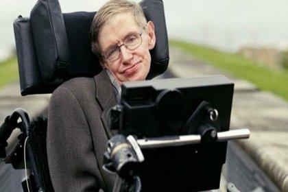 'İstanbul'da bir caddeye Stephen Hawking adı verilsin' önerisi