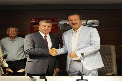 İstemihan Talay, Mersin Büyükşehir Belediye Başkanlığı için aday adaylığı başvurusunu yaptı
