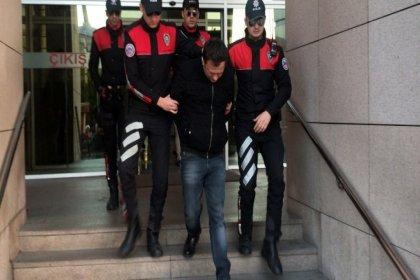 Kadın turisti taciz edip dolandırmaya çalışan taksici tutuklandı