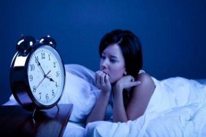 Kalitesiz uyku vücuttaki tüm dengeyi bozuyor