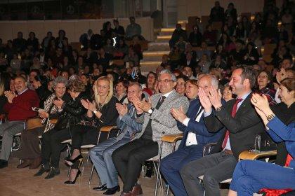 Karşıyaka 'Bin Gülüş' projesi için tek yürek oldu