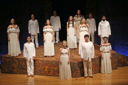 Karşıyaka'da 'Yanık Zaman Madımak'a muhteşem final