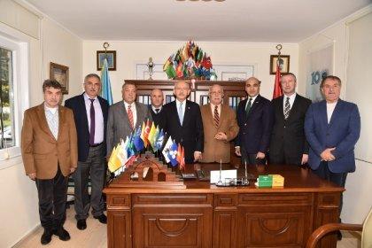 Kılıçdaroğlu'ndan Türk Ocakları Bakırköy Şube Başkanlığı'na ziyaret