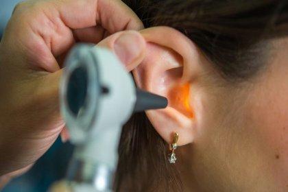 Kulaktan gelen akıntıya dikkat!