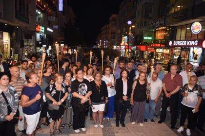 Marmara depreminin 19. yılında yaşamını yitiren vatandaşlar Avcılar'da anıldı