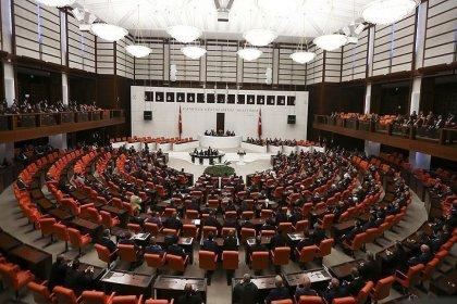 MHP itiraz etti, İYİ Parti'nin Meclis'teki yeri değişti