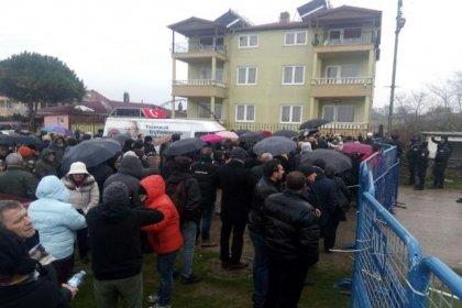 'Nükleere Hayır' diyen Sinoplular ÇED toplantısına alınmadı, AKP'liler protestoculara linç girişiminde bulundu