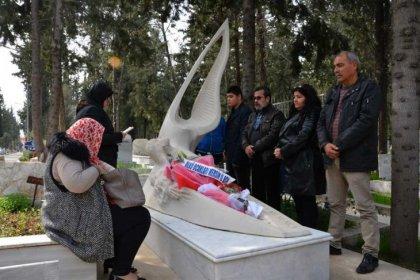 Özgecan Aslan, mezarı başında anıldı