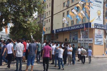 Pazarcılardan AKP İl Başkanlığı önünde protesto