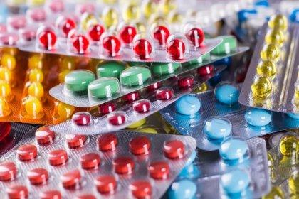 Sağlık Bakanlığı'nın aldığı 6,5 milyon liralık ilaç ve tıbbi malzeme çöp oldu