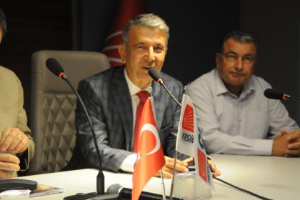 Serdal Kuyucuoğlu, aday adaylığı başvurusunu yaptı