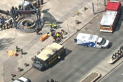 Toronto'da araç yayaların arasına daldı: 9 kişi hayatını kaybetti