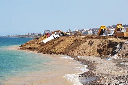 Trabzon sahilinde verimli tarım toprakları kullanılarak deniz dolguları yapılıyor