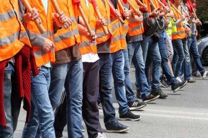 Türkiye'de 14 milyon 121 bin işçiden sadece 1.8 milyonu sendikalı