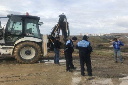Tuzla'da boş bir arazide kimyasal atık bulundu: 5 kişi gözaltında