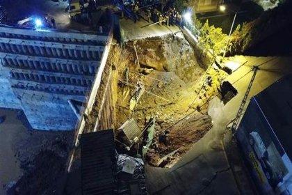 Ümraniye'deki göçükte 2 kişinin cansız bedenine ulaşıldı