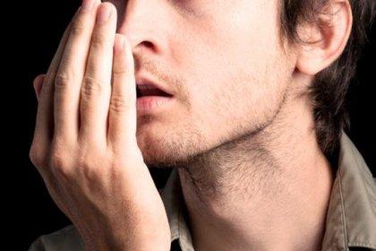 Uzun süreli konuşma ağız kokusu sebebi