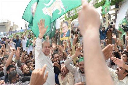 Yolsuzluk nedeniyle tutuklu olan Pakistan eski başbakanı tahliye edildi
