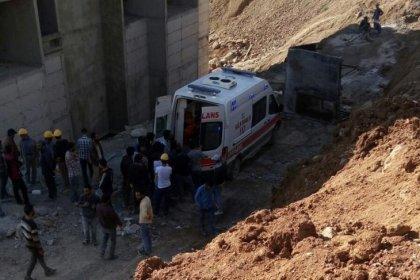 Yüksekova'da iş cinayeti: İskele çöktü, dördüncü kattan düşen 2 işçi yaşamını yitirdi