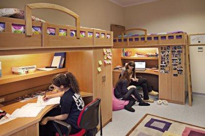Yurtlara başvuran 403 bin 276 öğrenciden 304 bin 444'ü yerleştirildi