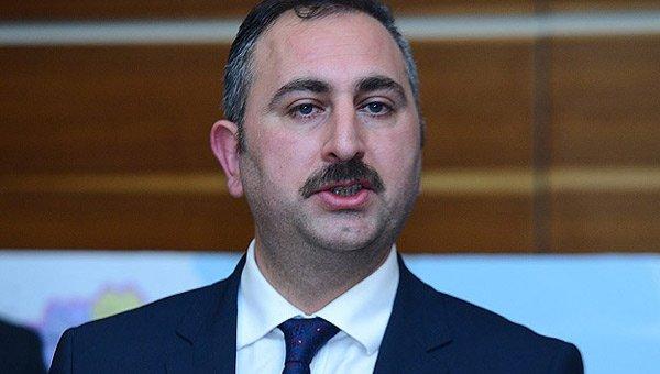 Abdulhamit Gül: Eleştiriler ceza konusu olmamalı