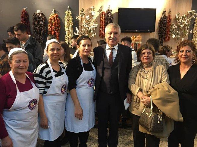 Adana'nın yöresel lezzetleri 5. Uluslararası Gastromasa Konferansı'nda sunuldu