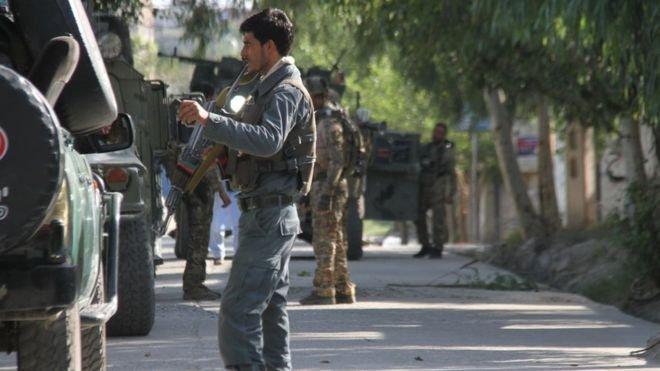 Afganistan'da Taliban'a yönelik hava saldırısı: 'En az 35 sivil öldü'