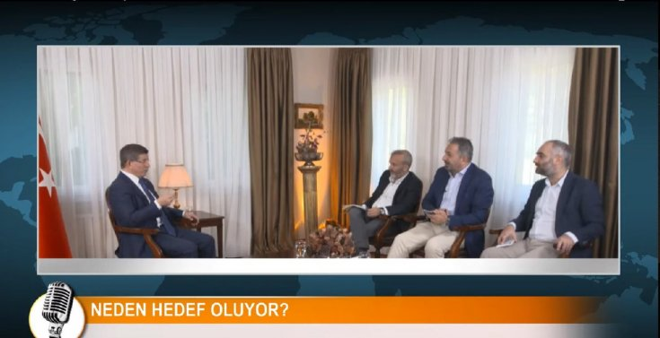 Ahmet Davutoğlu'nu konuk alan Yavuz Oğhan, İsmail Saymaz ve Akif Beki'nin RS FM'deki programına son verildi