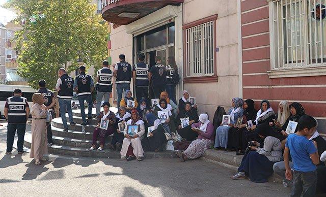 Ailelerden HDP'liler hakkında suç duyurusu