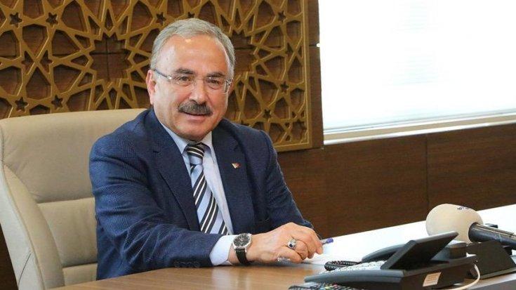 AKP'li belediye başkanı 6 ayrı yerden 250 bin TL maaş alıyormuş!