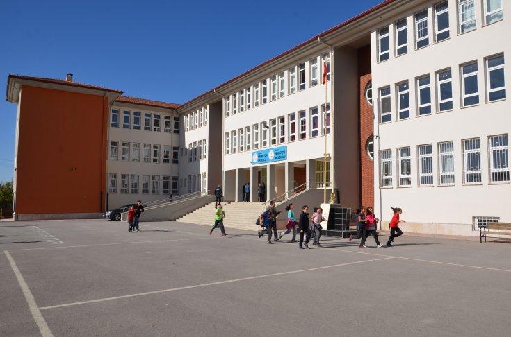 Aksaray'da otizmli çocukların yuhalandığı iddialarının ardından okul müdürü açığa alındı