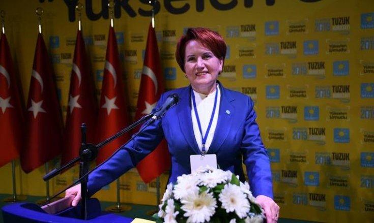Akşener, partisinin tüzük kurultayında konuştu: 'Gerekçeli karar değil, darbe bildirisi'