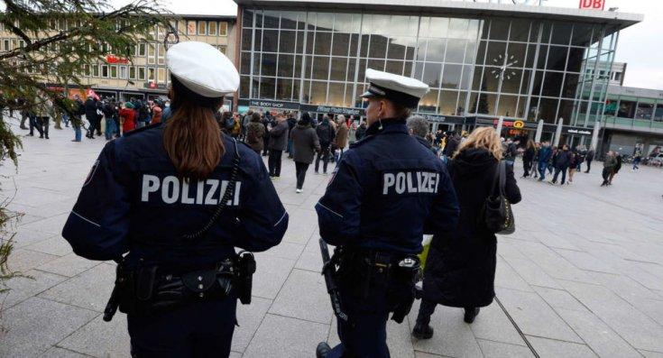 Almanya'da aylarca 'kadın polis' olarak görev yapan Ömer K. yakalandı: Görevimi gerçekten sevgiyle yaptım