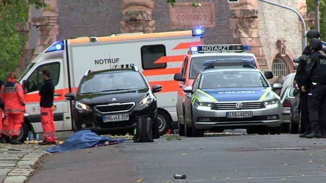Almanya'nın doğusunda sinagog ve Türk dönercisinde silahlı saldırı: 2 kişi hayatını kaybetti