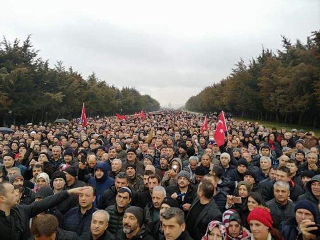 Ankara'da 'EYT Buluşması'na binlerce kişi katıldı