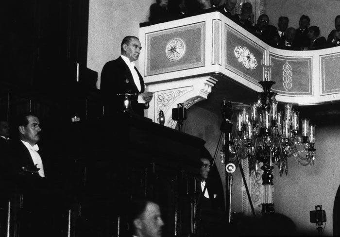 atatürk ikinci kez cumhur başkanı seçildi ile ilgili görsel sonucu