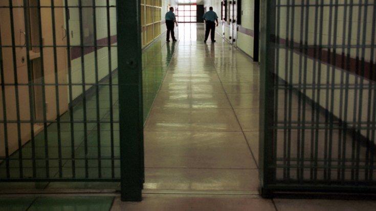 Bin kişilik cezaevinde bin 600 kişi kalıyor
