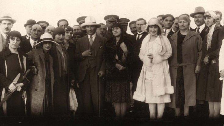 Bundan tam 85 yıl önce kadınlar seçme ve seçilme hakkını kazandı