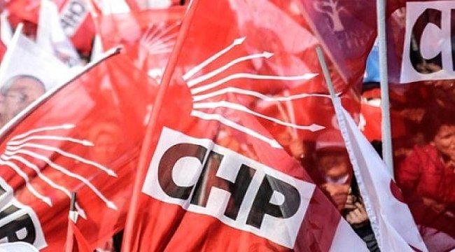 CHP Selçuk ilçe yönetiminde toplu istifa