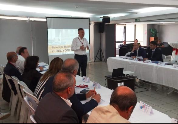 CHP'de yerel yöneticiler için eğitim atağı
