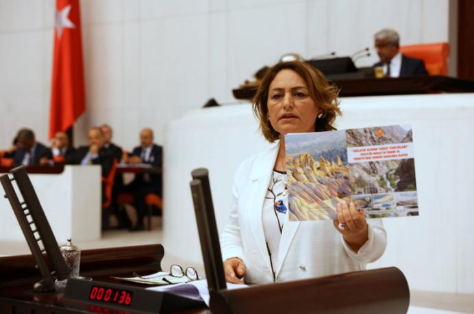 CHP'den 'turizm teşviki' tepkisi: 'Kıyı kesimleri rant ve talan ekonomisine kurban edilecek'