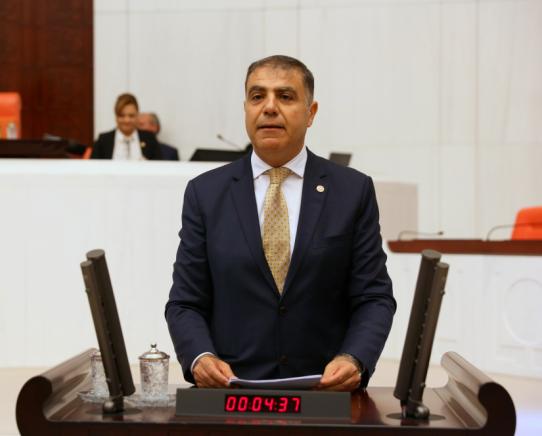 CHP'li Güzelmansur'dan zincir marketlerin pazar günleri ve resmi tatillerde kapalı olması için kanun teklifi