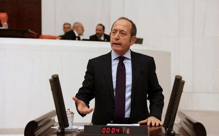 CHP'li Hamzaçebi Dijital Hizmet Vergisi Kanunu'yla ilgili Meclis'te konuştu: Hizmetlere erişimi engelleyemezsiniz