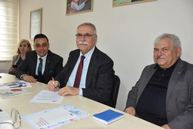 CHP'nin Çanakkale Belediye Başkan Adayı Ülgür Gökhan 'Doğa Dostu Belediye Başkan Adayı Taahhütnamesi'ni imzaladı
